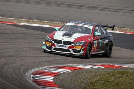 200926_24h-race_car on race track