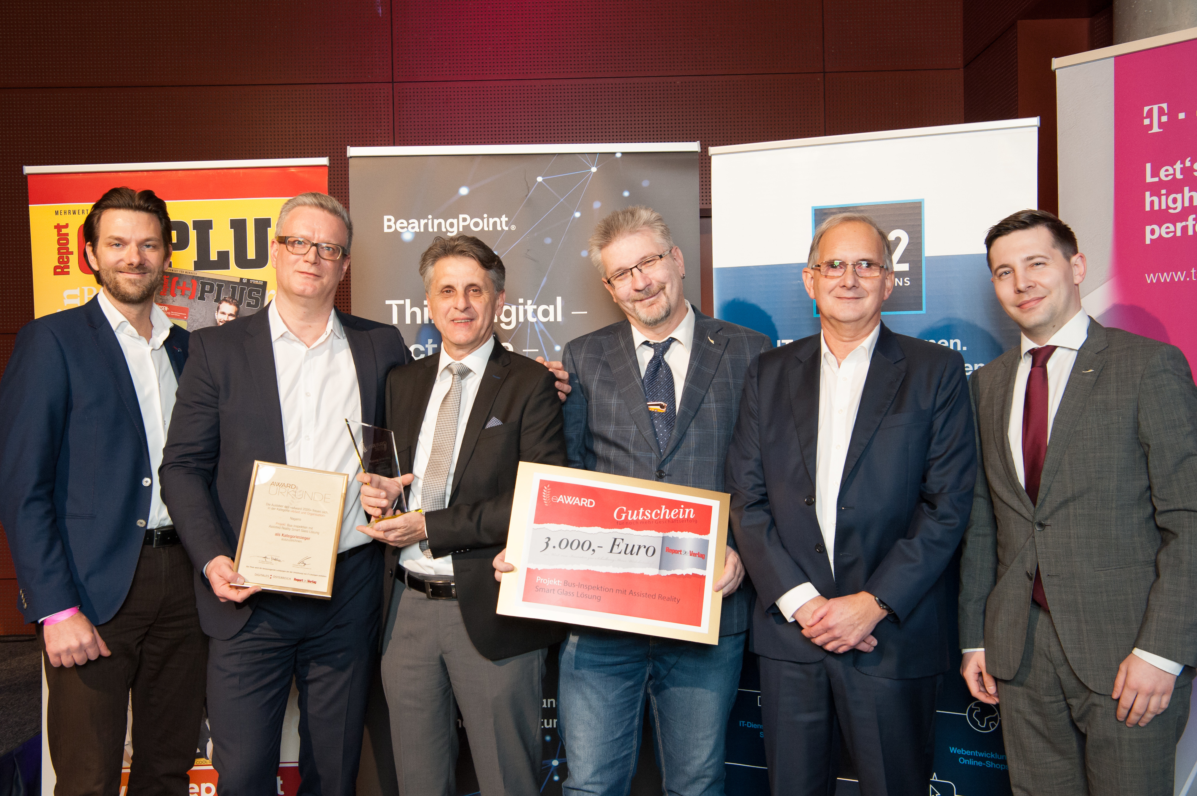 Nagarro and OEBB members receiving the award