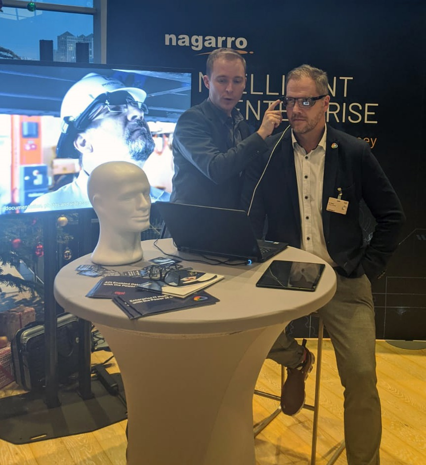 Smart glass demo at Nagarro Booth_Handelsblatt Industry Summit 2019-1
