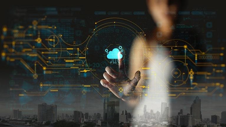 Cloud data warehousing for retail