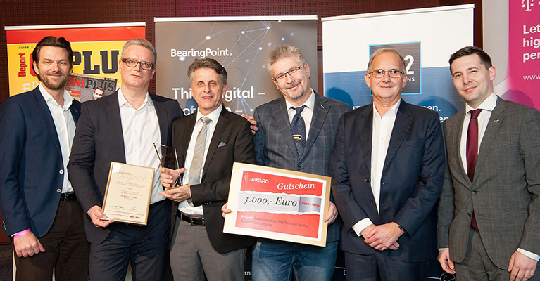 Nagarro and OBB receiving the IT Business Award